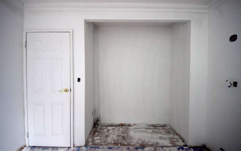 cabinetry11before.jpg